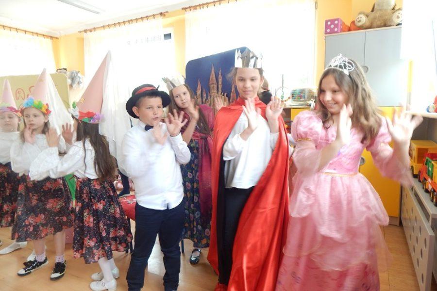 Występ w przedszkolu na Helence